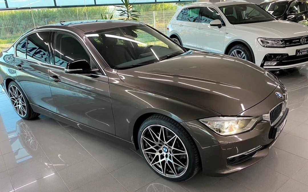 BMW 318D LUXURY 4